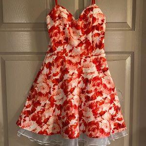 MAKE AN OFFER‼️ Noble U Juniors Dress Size JS